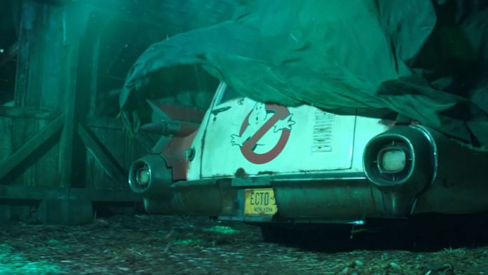 Leaked Set Photos From Ghostbusters 2020 Reveal Ecto-1